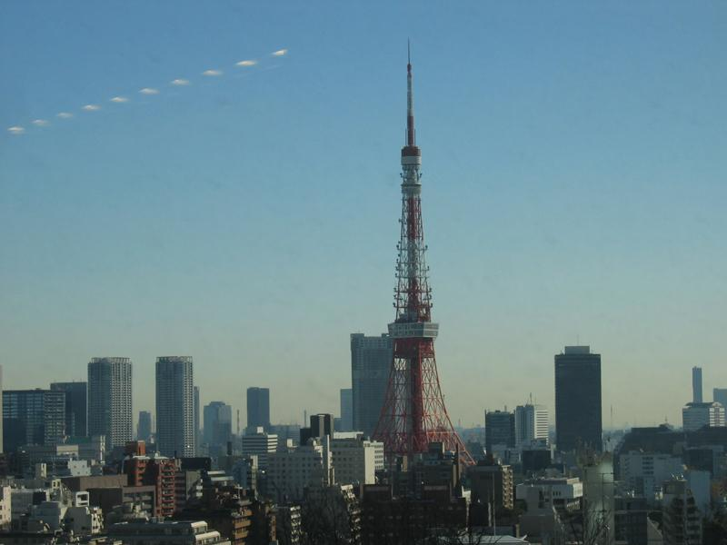 tokyo tower outside hotel